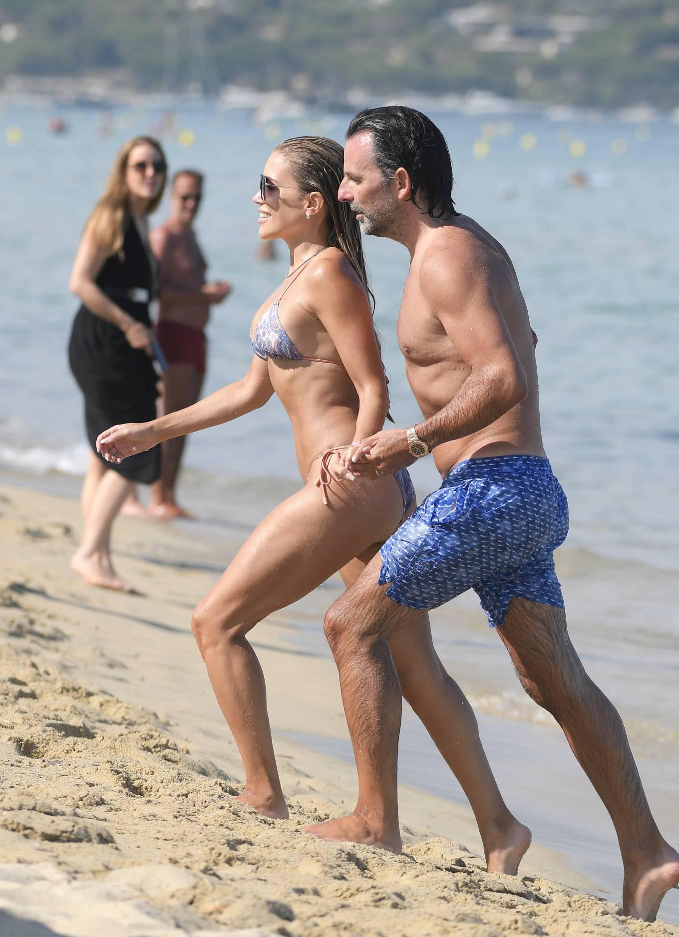 Sylvie Meis 2021 : Sylvie Meis – In a bikini with her husband Niclas Castello on the beach La Réserve in Ramatuelle-02