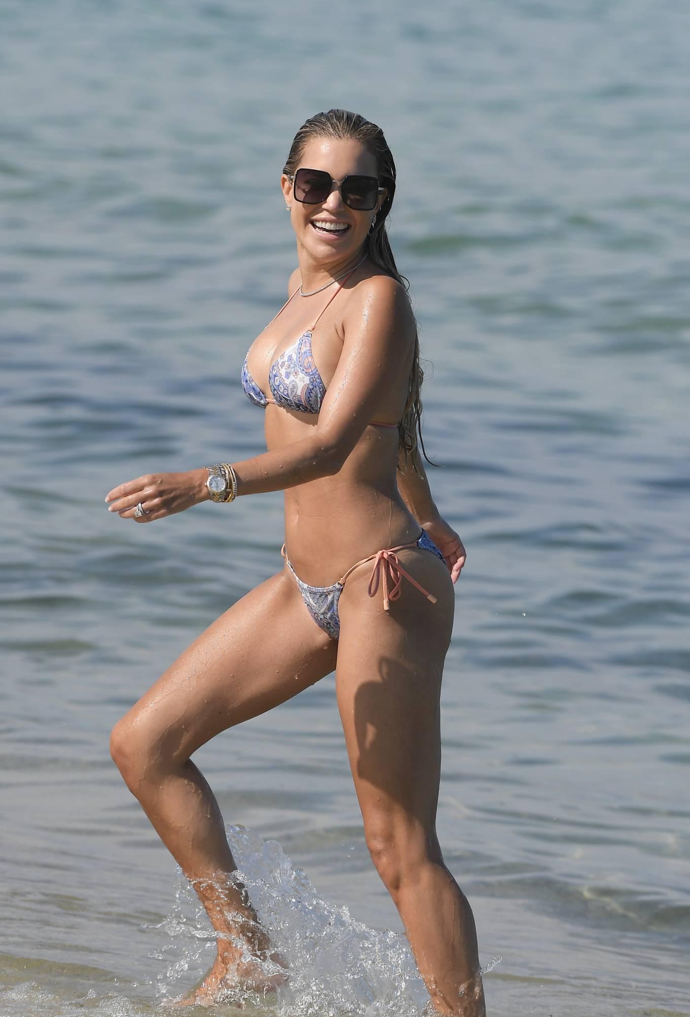Sylvie Meis 2021 : Sylvie Meis – In a bikini with her husband Niclas Castello on the beach La Réserve in Ramatuelle-16