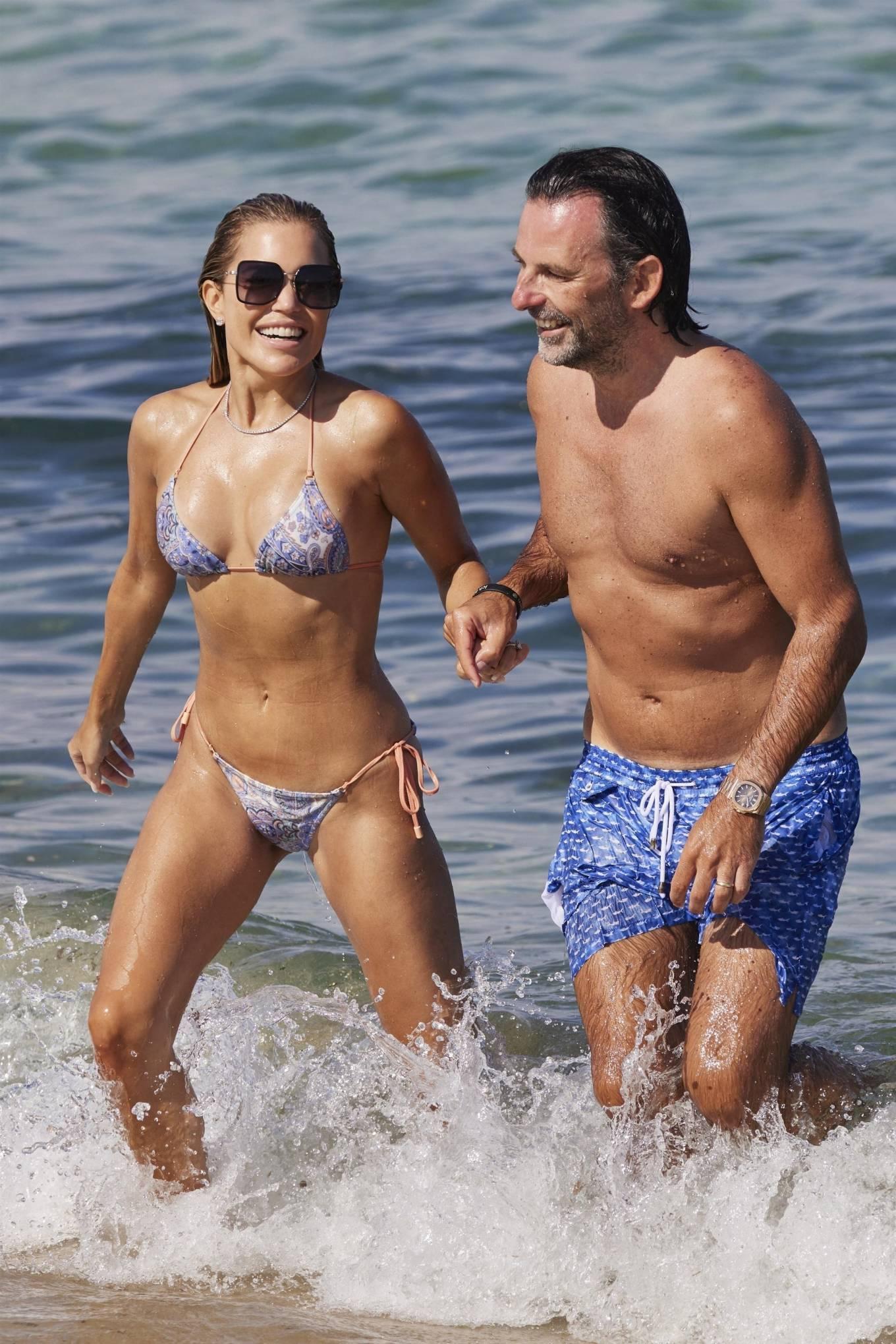 Sylvie Meis 2021 : Sylvie Meis – In a bikini with her husband Niclas Castello on the beach La Réserve in Ramatuelle-18