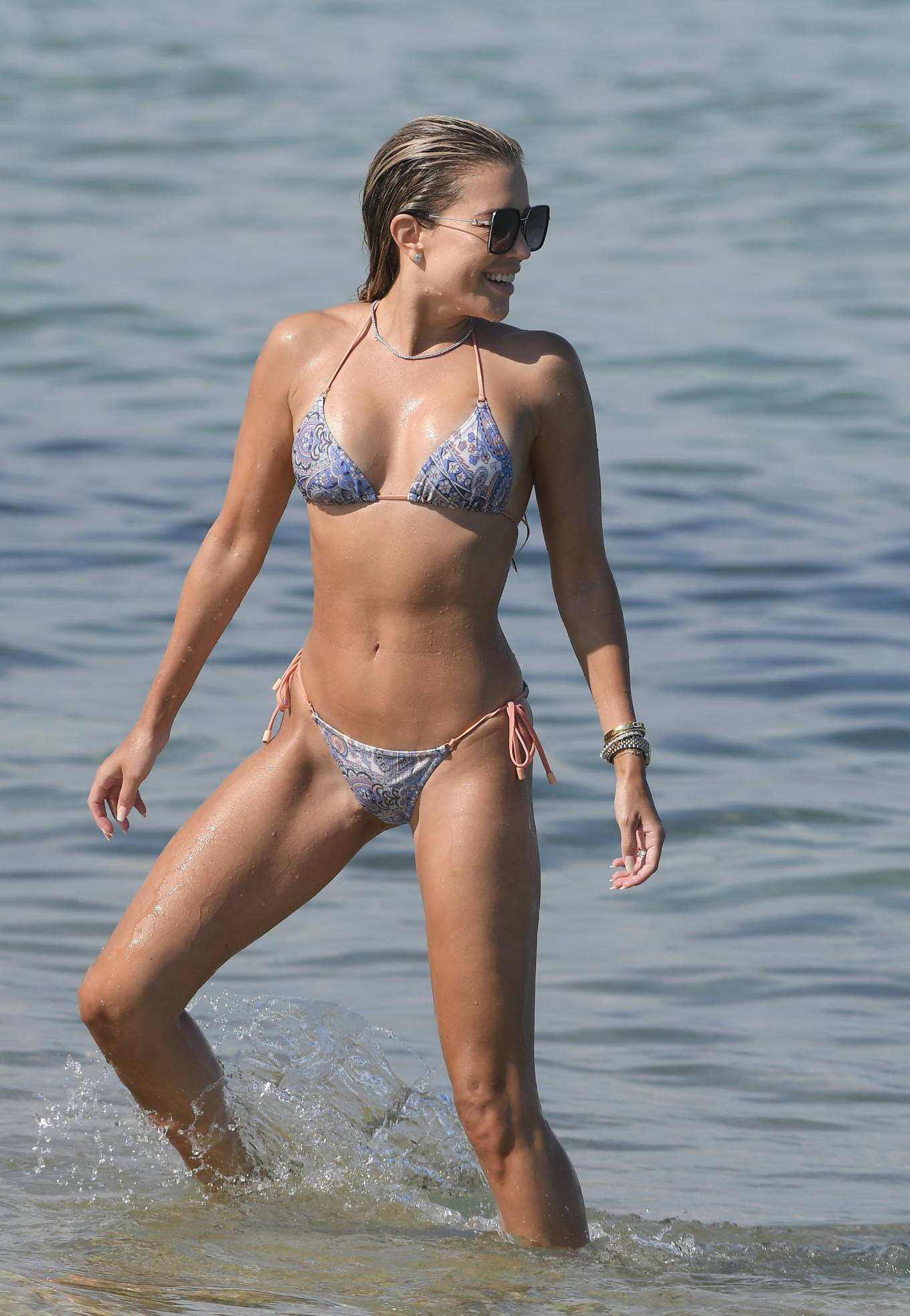 Sylvie Meis 2021 : Sylvie Meis – In a bikini with her husband Niclas Castello on the beach La Réserve in Ramatuelle-19