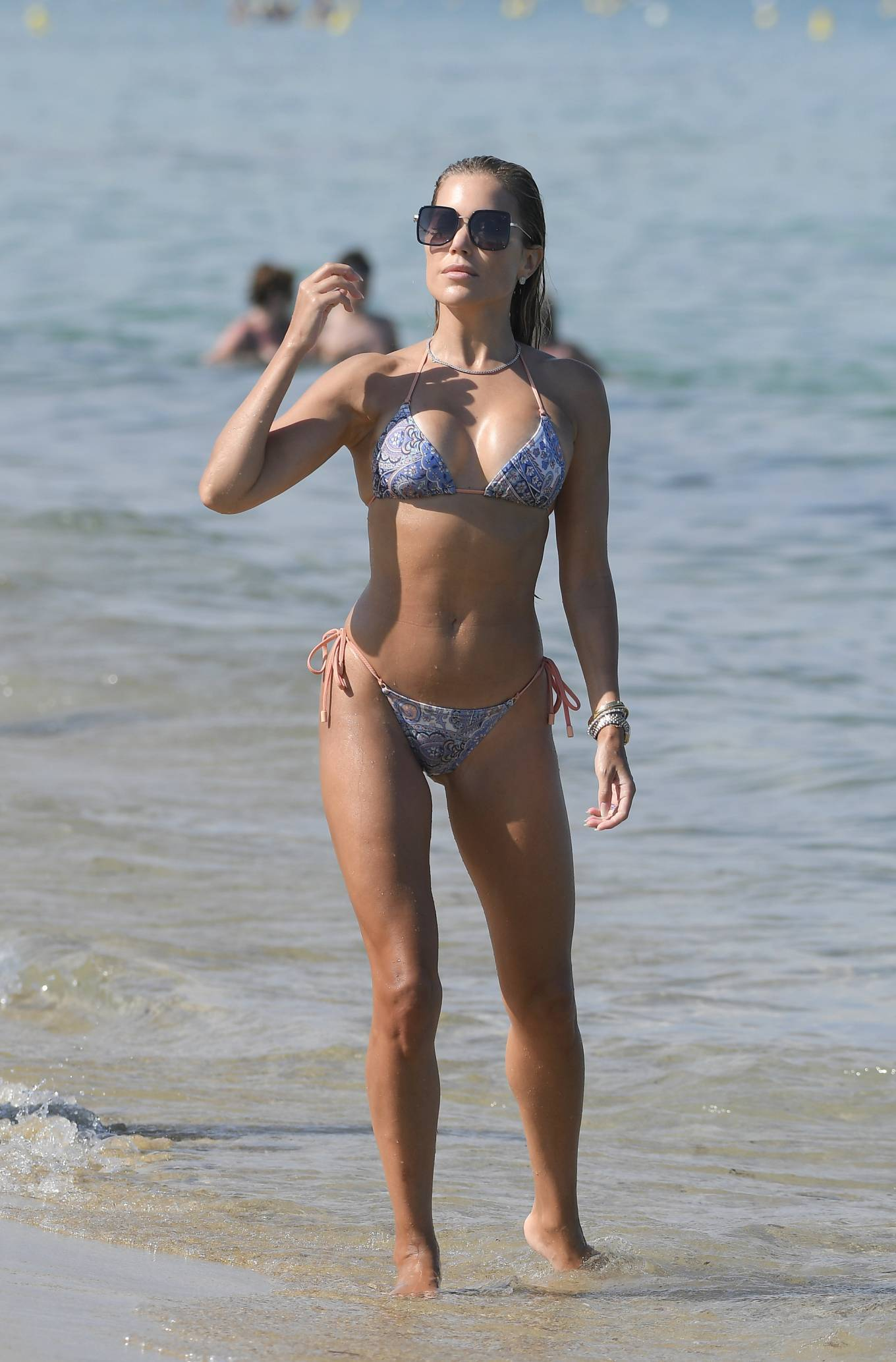 Sylvie Meis 2021 : Sylvie Meis – In a bikini with her husband Niclas Castello on the beach La Réserve in Ramatuelle-23