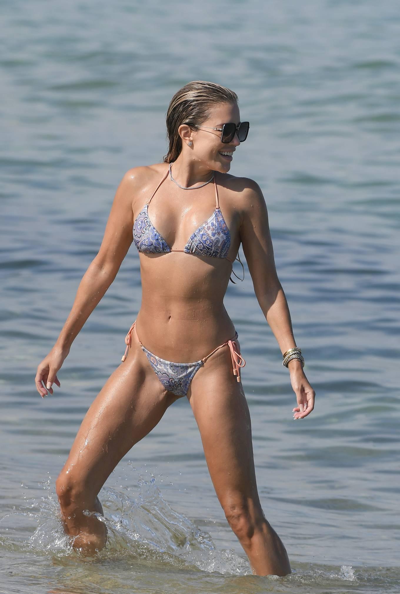 Sylvie Meis 2021 : Sylvie Meis – In a bikini with her husband Niclas Castello on the beach La Réserve in Ramatuelle-24