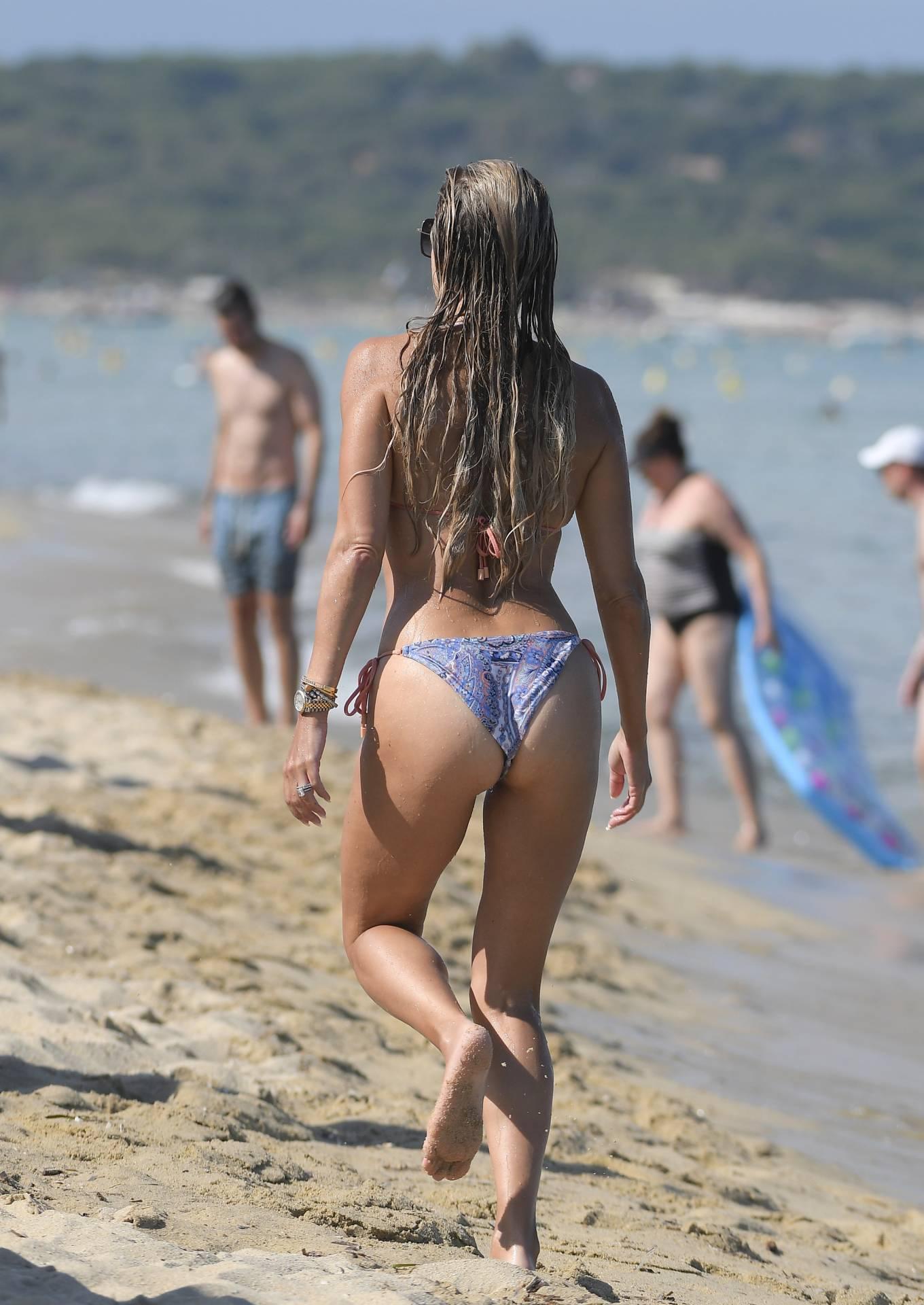 Sylvie Meis 2021 : Sylvie Meis – In a bikini with her husband Niclas Castello on the beach La Réserve in Ramatuelle-30