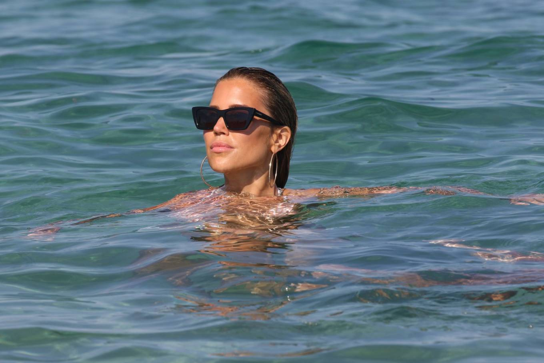 Sylvie Meis 2020 : Sylvie Meis in Bikini 2020-03