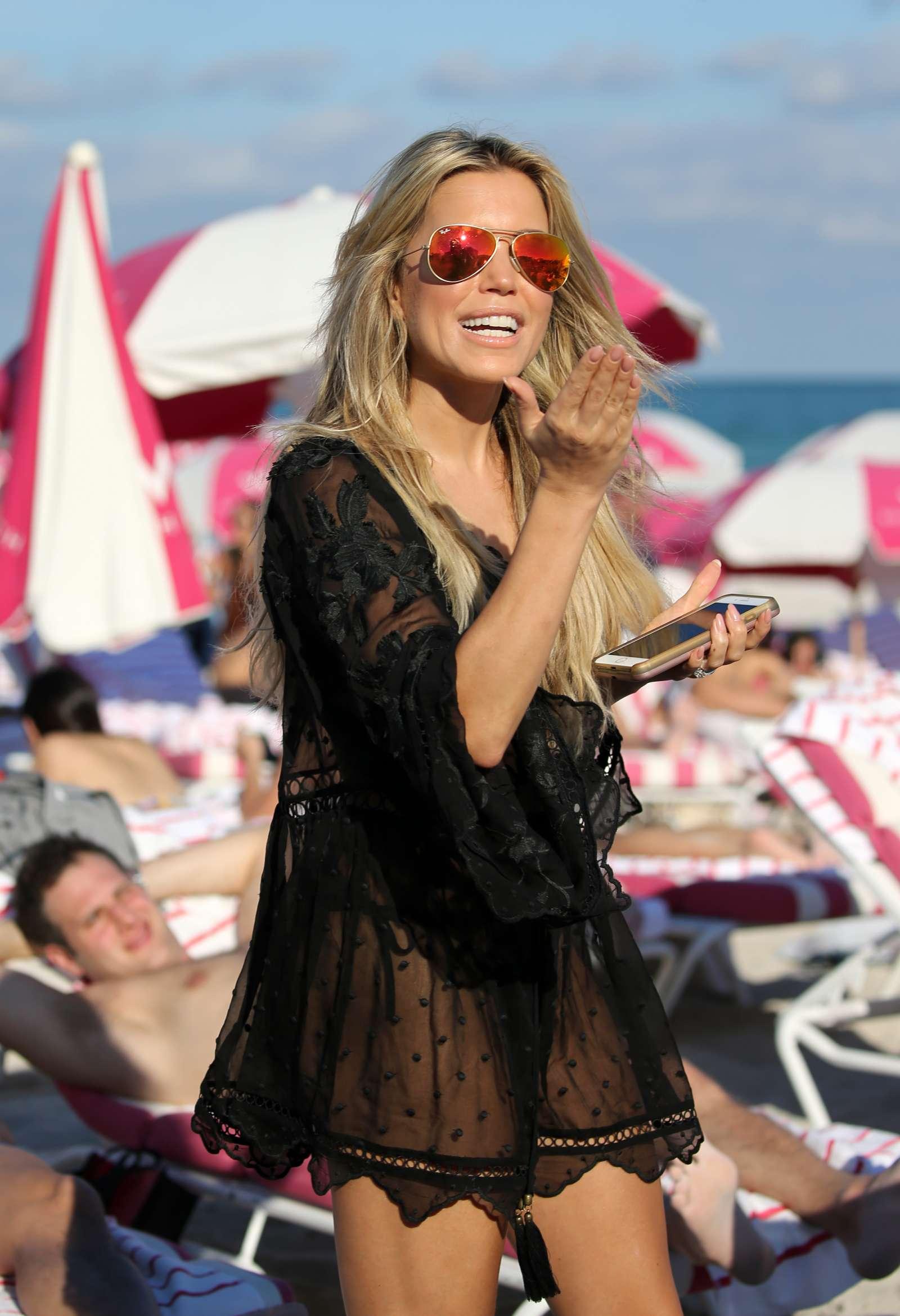 Sylvie Meis 2017 : Sylvie Meis in Black Bikini 2017 -09