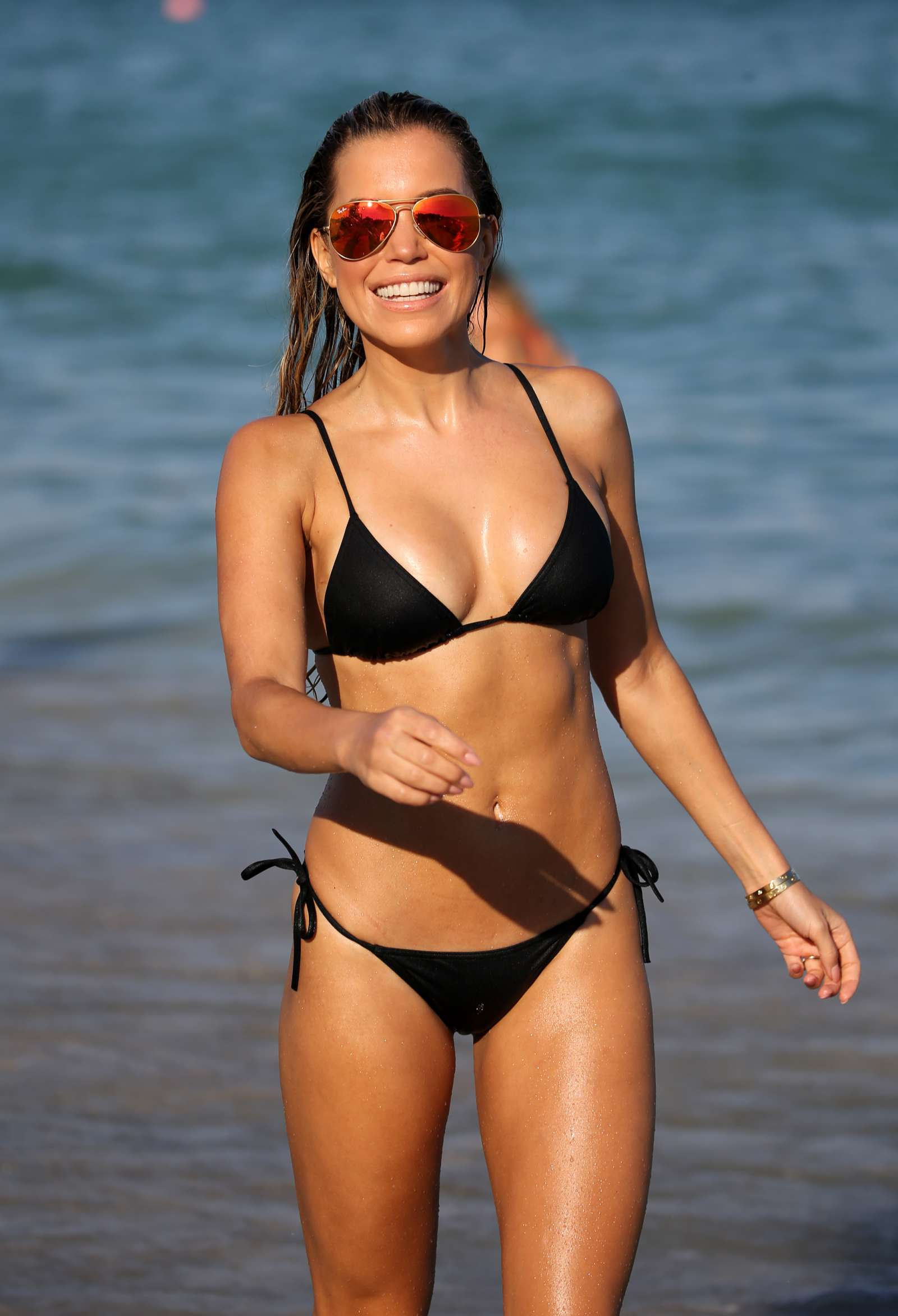 sylvie meis in black bikini on the beach in miami indian girls villa celebs beauty fashion. Black Bedroom Furniture Sets. Home Design Ideas