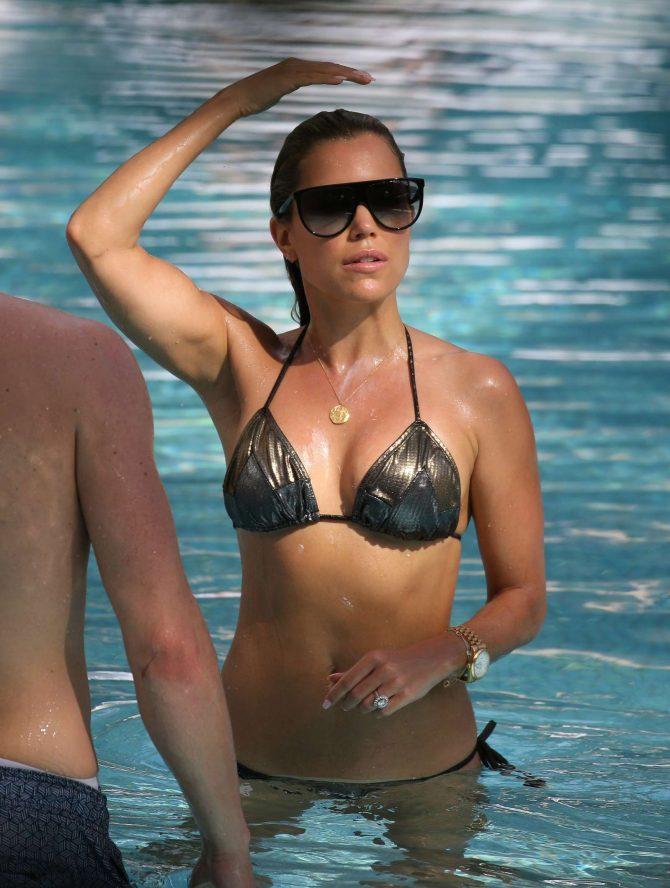 Sylvie Meis in Black Bikini on the pool in Miami