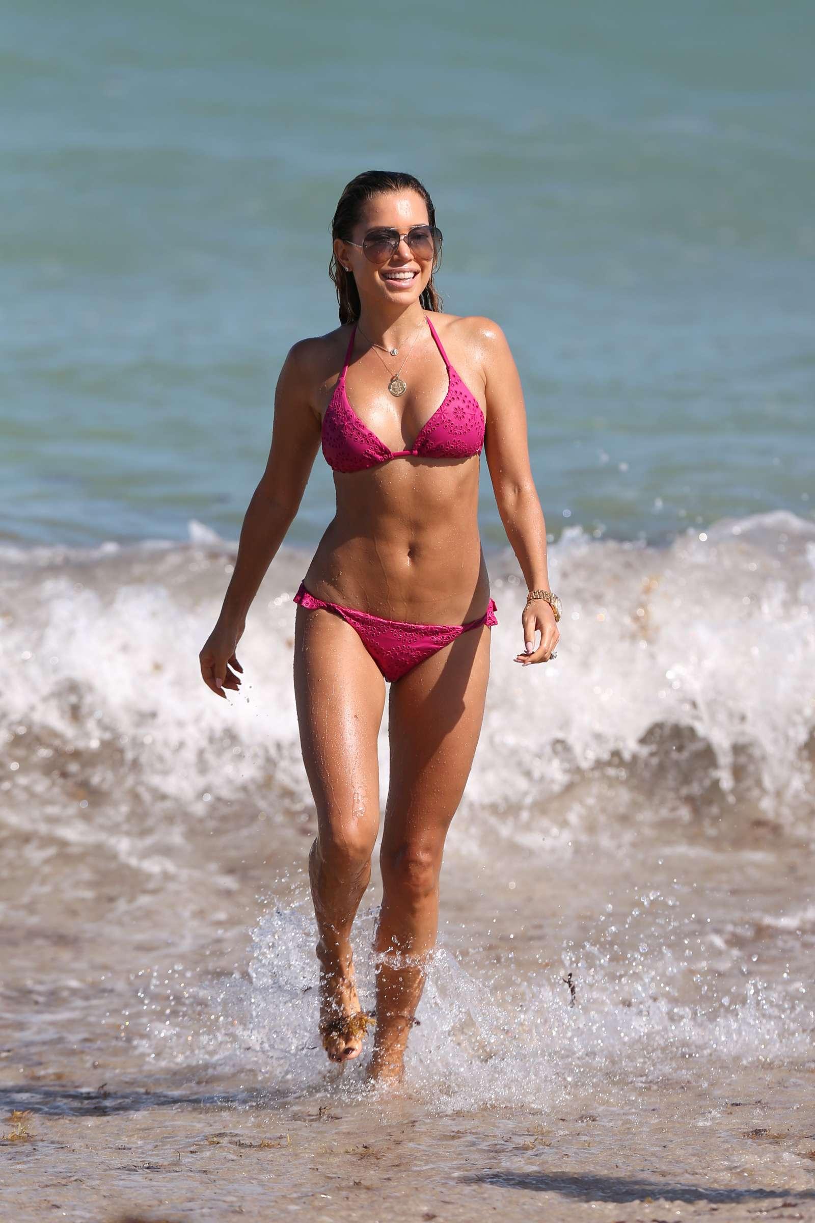 Sylvie Meis 2018 : Sylvie Meis in Pink Bikini 2018 -19