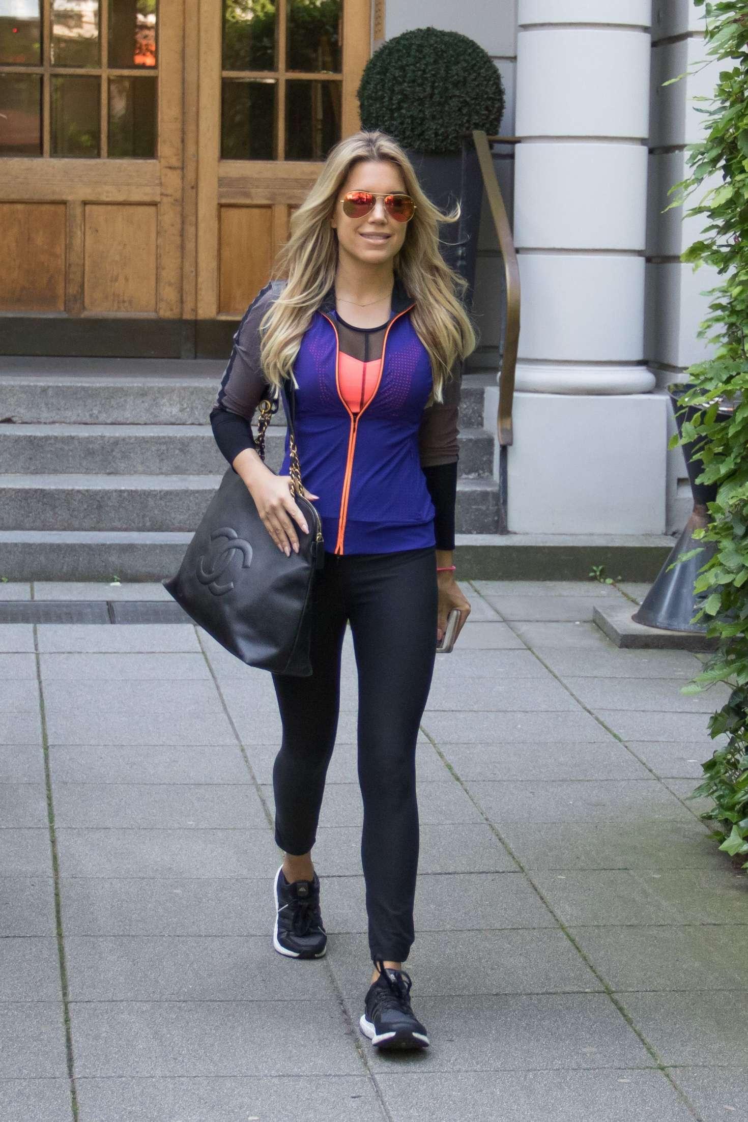Sylvie Meis Leaves her apartment in Hamburg
