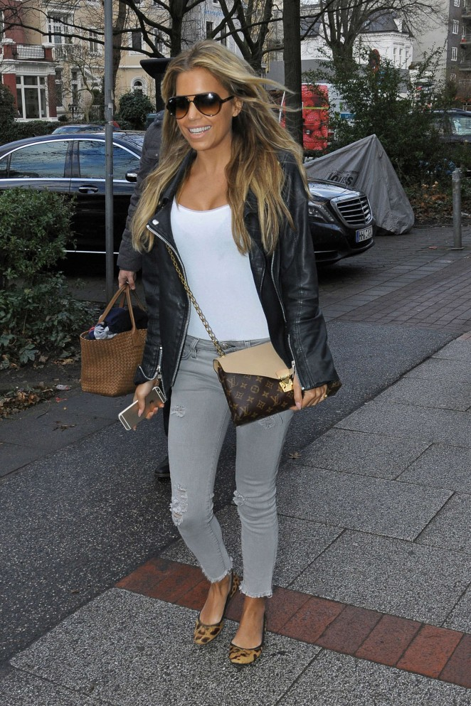 Sylvie Meis out in Hamburg -04