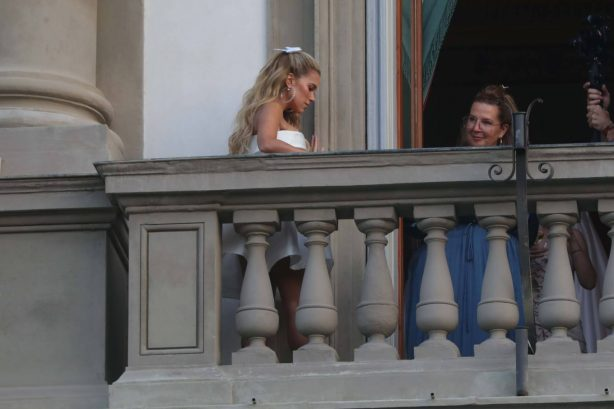 Sylvie Meis - Photoshoot candids in Florence