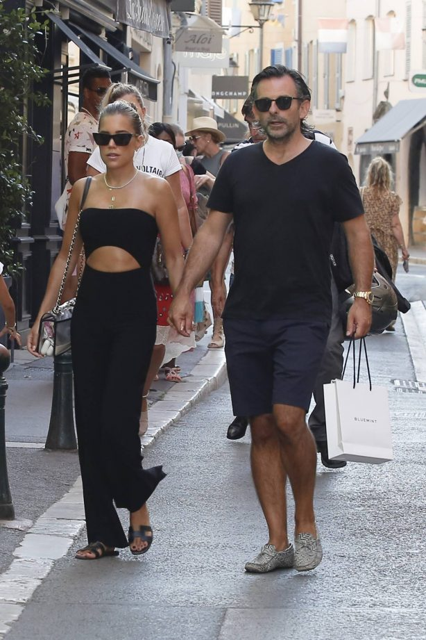 Sylvie Meis - Shopping in Saint Tropez