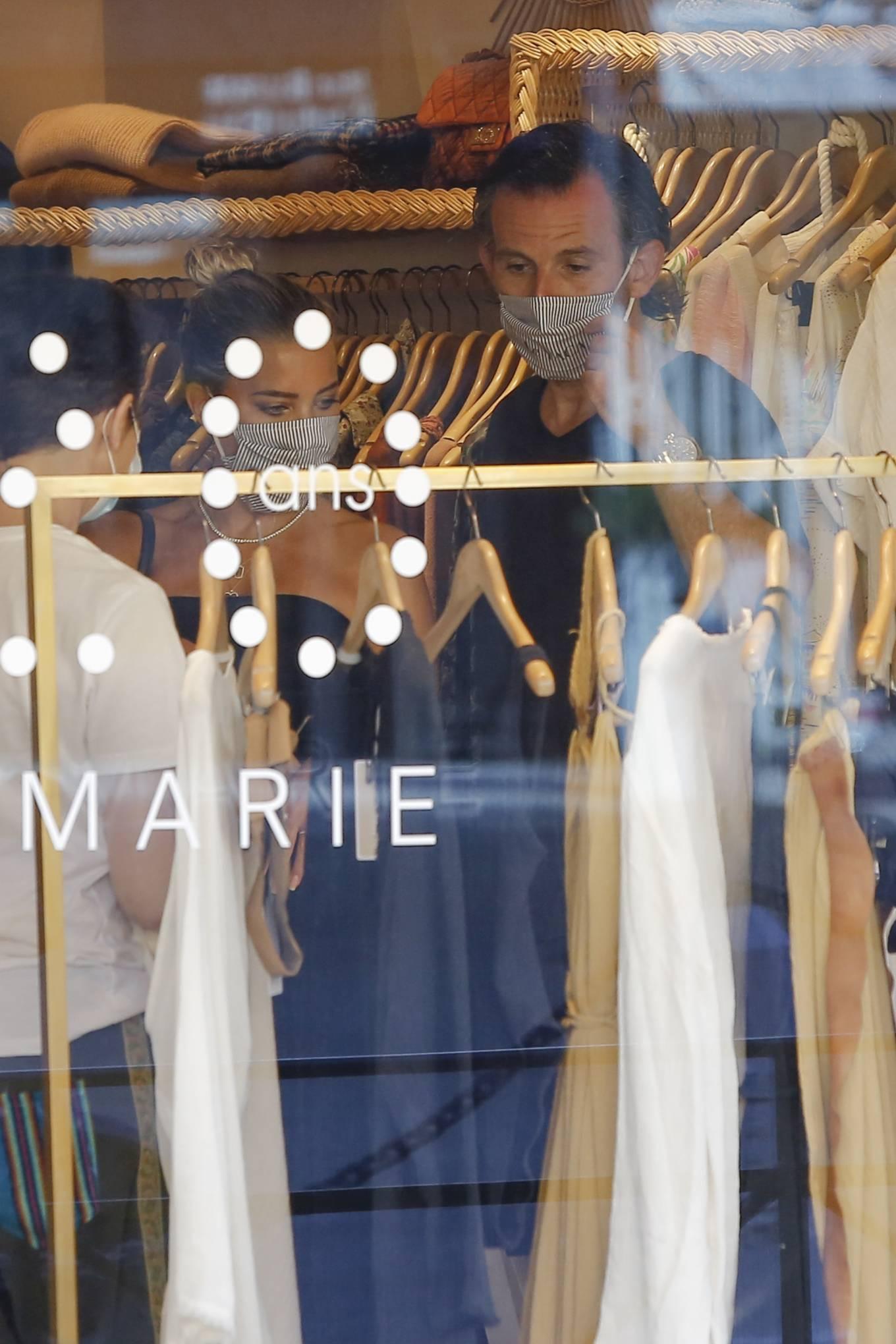 Sylvie Meis 2020 : Sylvie Meis – Shopping in Saint Tropez-07