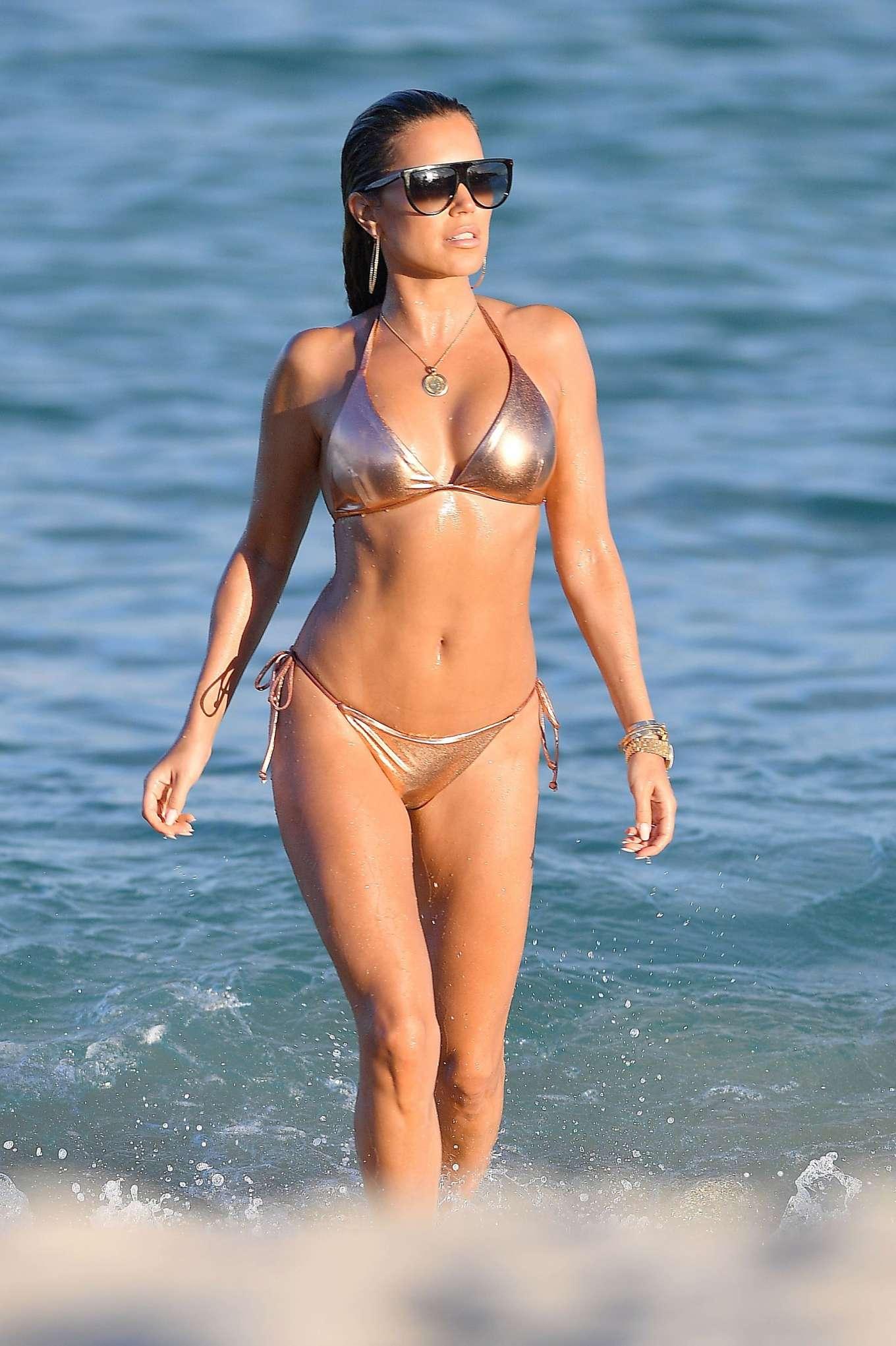 Sylvie Meis 2019 : Sylvie Meis – Wearing Bikinis at the beach in Miami Beach-03