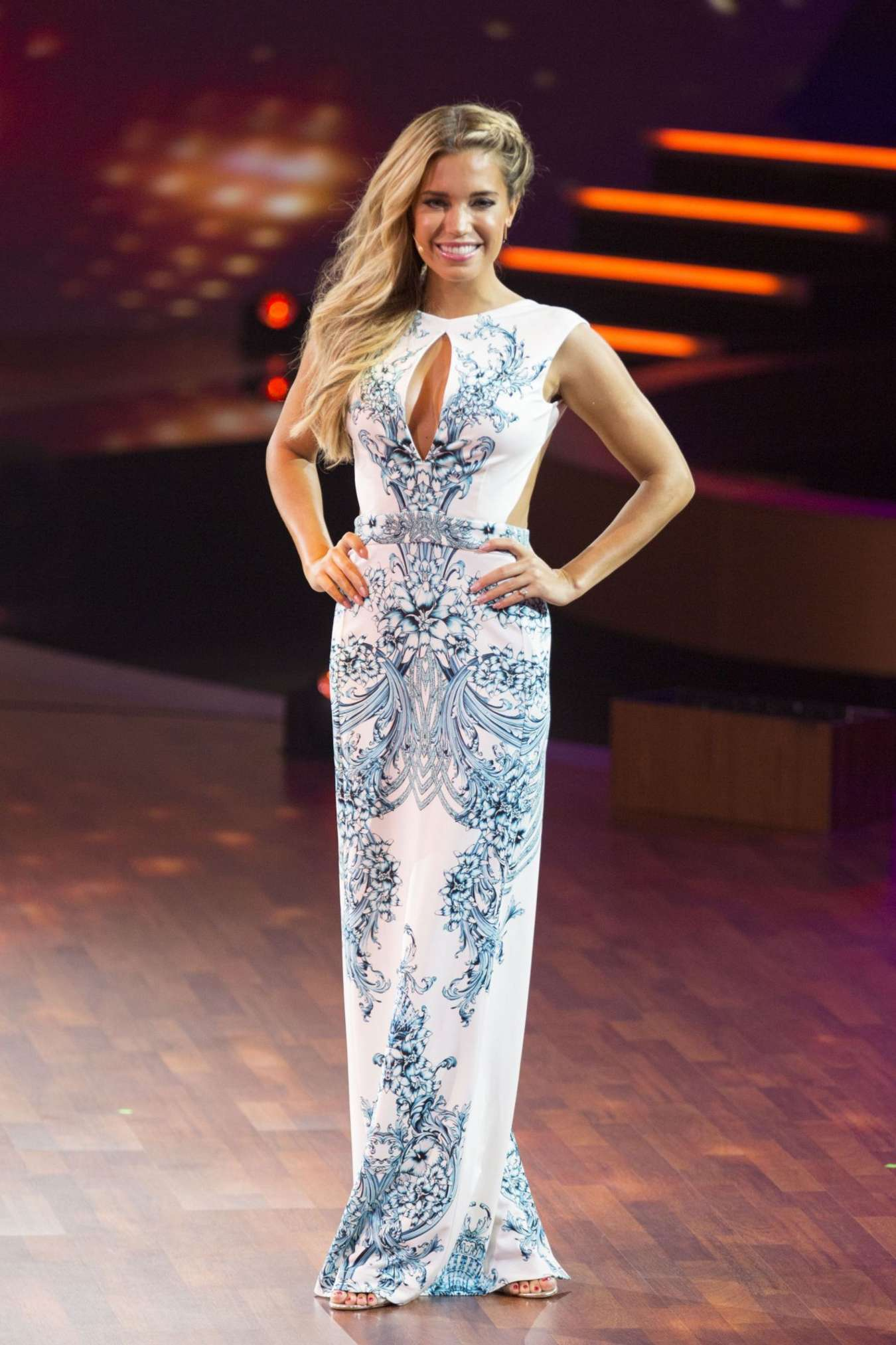 Sylvie Van Der Vaart - 'Stepping Out' Live Show in Cologne