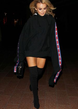 Tallia Storm - Arriving at the Drake Concert in London