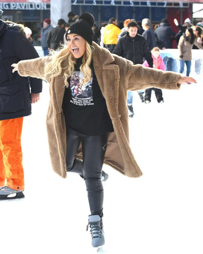 Tallia Storm – Ice skating in New York City