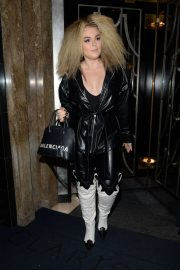 Tallia Storm - Leaving Claridges Hotel in London