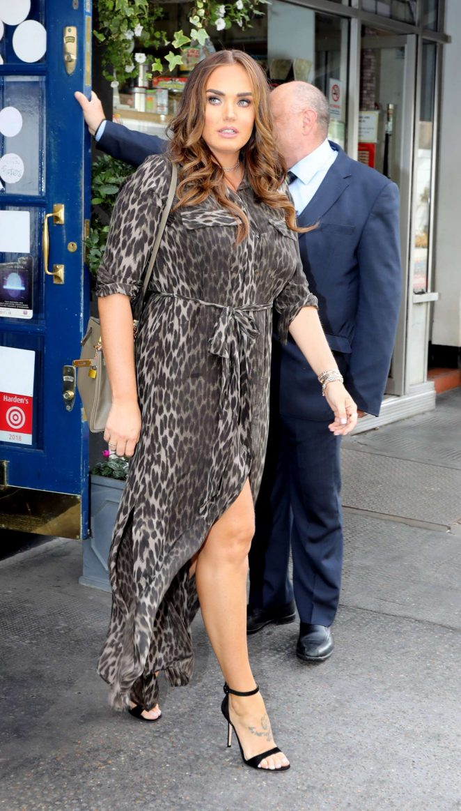 Tamara Ecclestone in Leopard Print Maxi Dress – Out in London
