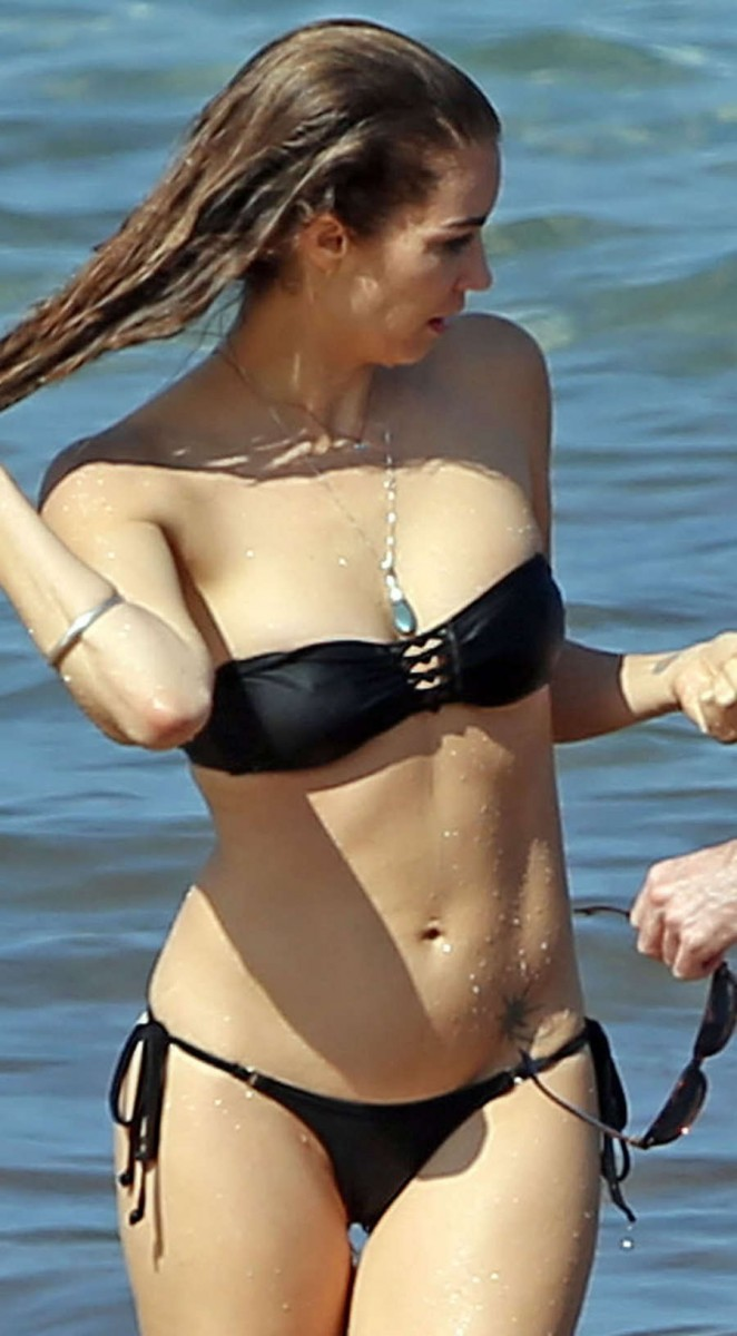 Tanit Phoenix in Black Bikini in Maui