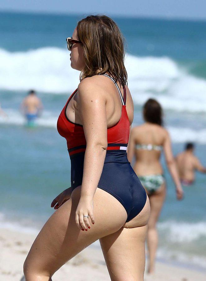 Tanya Burr Bikini nude 459