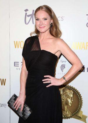 Tara Buck - 2017 Womens Choice Awards - Los Angeles