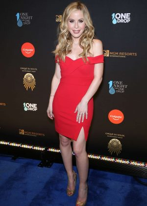 Tara Lipinski - One Night for One Drop in Las Vegas