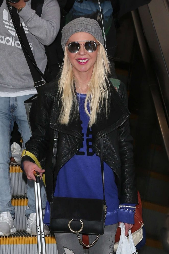 Tara Reid - Arriving at LAX Airport in Los Angeles