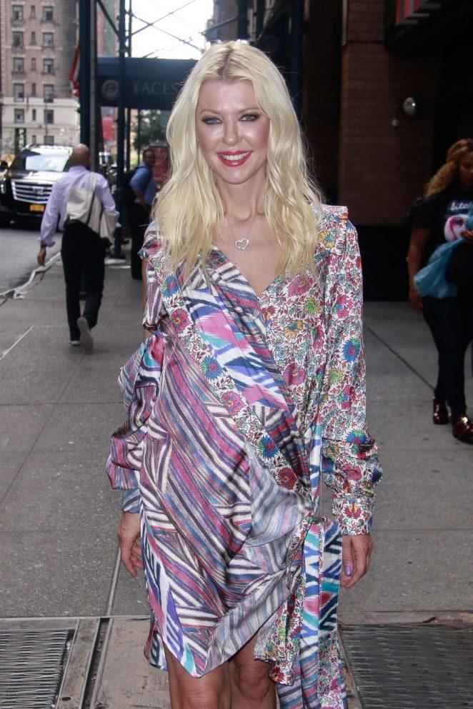 Tara Reid - Arriving at the London Hotel in New York City