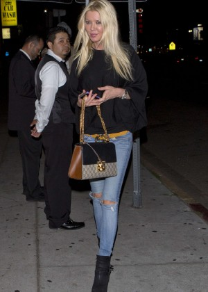 Tara Reid - Arriving at The Nice Guy in West Hollywood