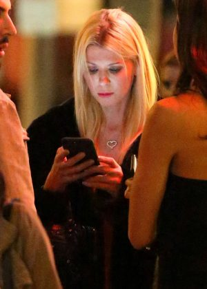 Tara Reid at Villa Lounge in West Hollywood