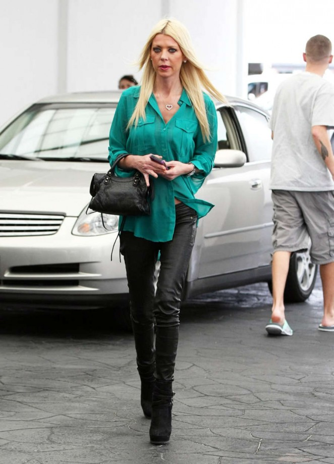 Tara Reid in Leather out for lunch in Beverly Hills