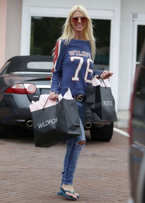 Tara Reid in Jeans Shopping at Wildfox in Malibu