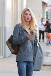 Tara Reid - Shops for Halloween costumes in West Hollywood