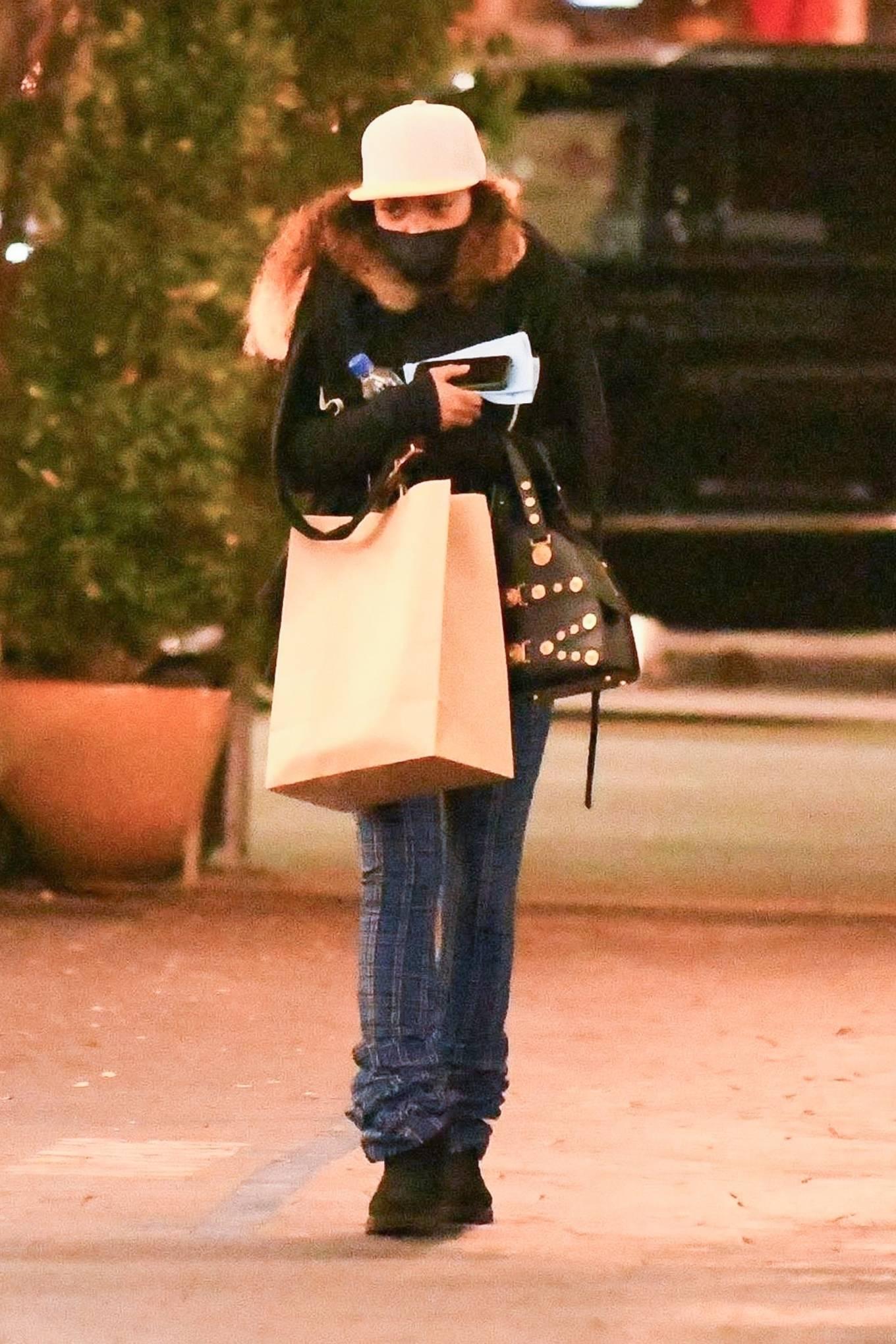 Taraji P. Henson - Seen leaving a dermatologist in Los Angeles