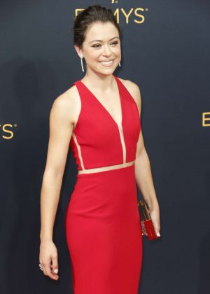 Tatiana Maslany - 2016 Emmy Awards in Los Angeles