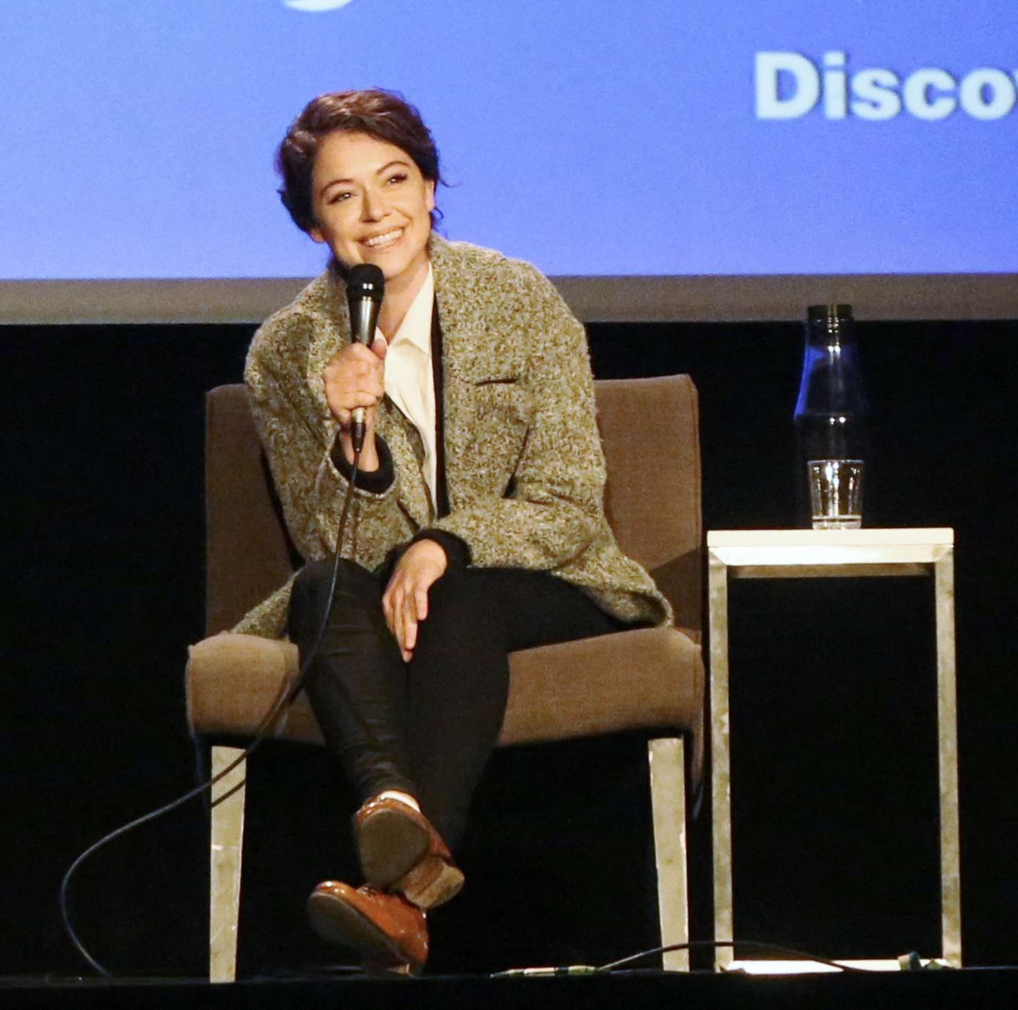 Uncategorized 2016 : Tatiana Maslany: Speaks at the VIFF in Vancouver-06