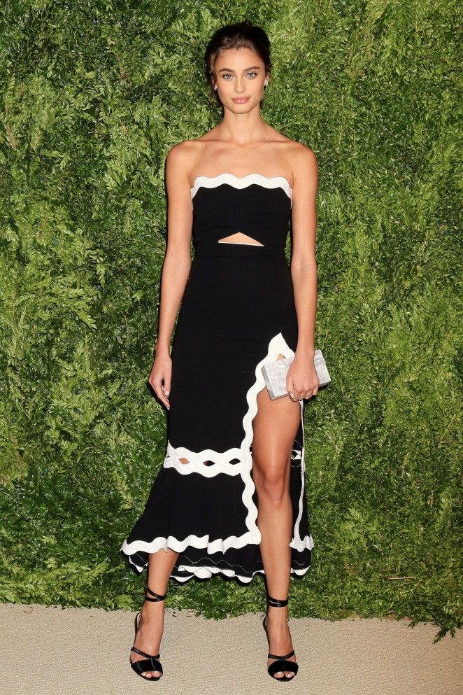 Taylor Hill - 2015 CFDA/Vogue Fashion Fund Awards in NYC