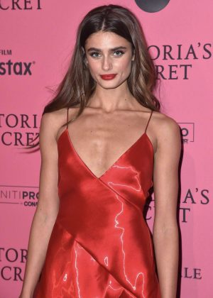 Taylor Hill - 2018 Victoria's Secret Fashion Show After Party in NY