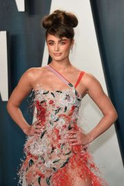 Taylor Hill - 2020 Vanity Fair Oscar Party in Beverly Hills