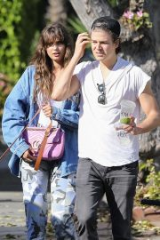 Taylor Hill and Daniel Fryer - Stop by the Urth cafe with their pooch in Los Angeles