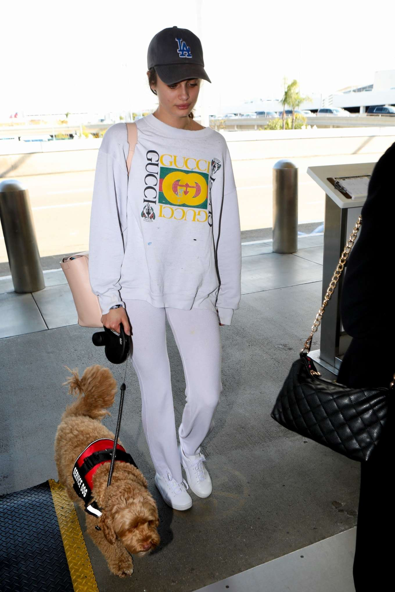 Taylor Hill 2017 : Taylor Hill: Arrives at LAX Airport -05