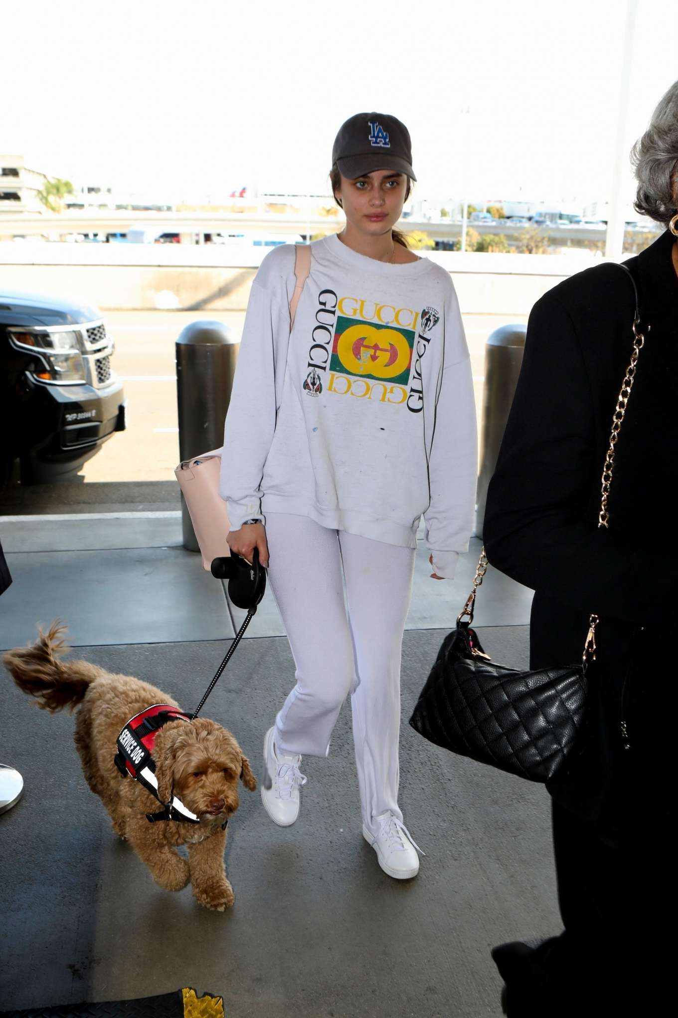 Taylor Hill 2017 : Taylor Hill: Arrives at LAX Airport -08
