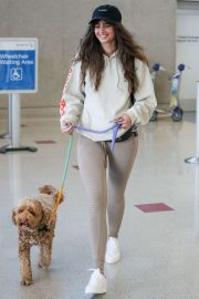 Taylor Hill - Arrives at LAX airport with her dog in Los Angeles