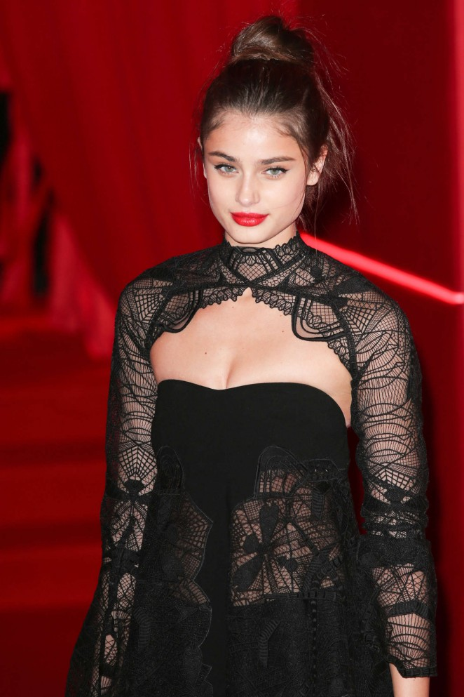 Taylor Hill - Attends at L'Oreal Red Obsession Party 2016 in Paris