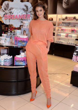 Taylor Hill - Victoria's Secret 'Tease Dreamer' Fragrance Launch in LA