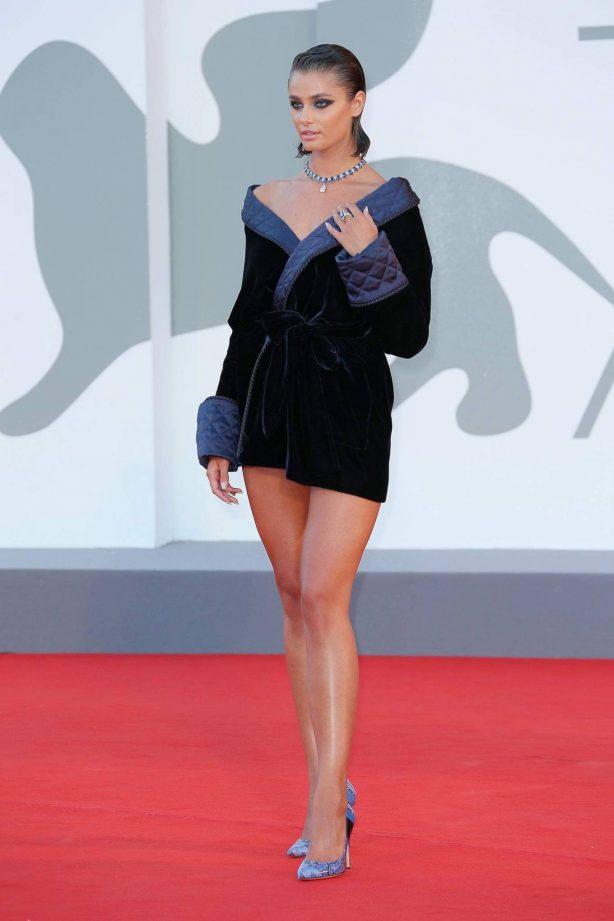 Taylor Marie Hill - Amants premiere - 2020 Venice Film Festival