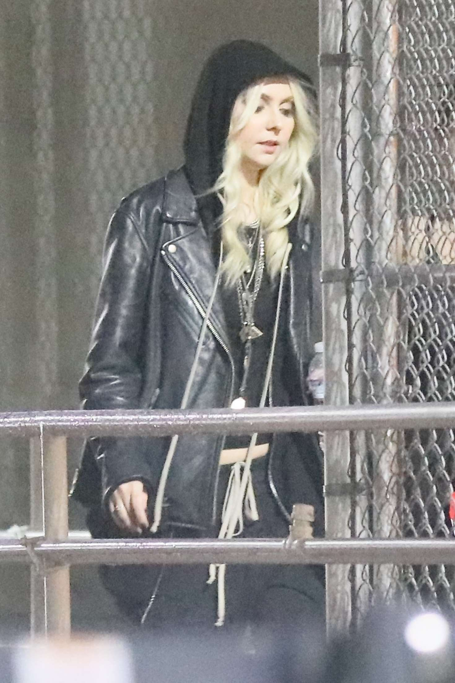 Taylor Momsen 2019 : Taylor Momsen: Arrives at Chris Cornell Tribute Concert -10
