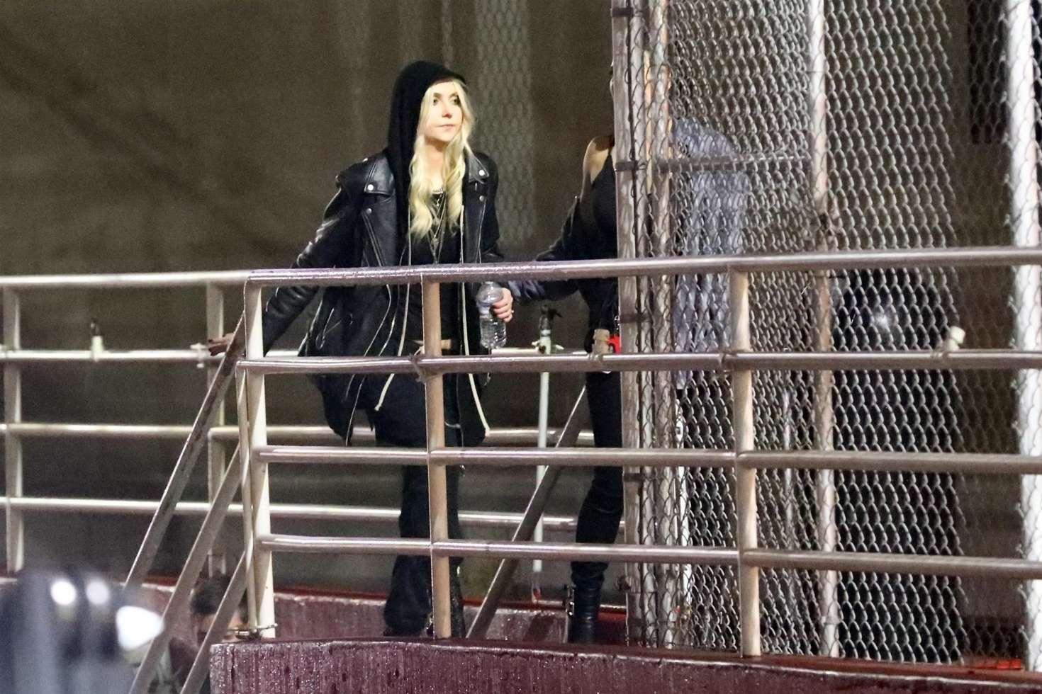 Taylor Momsen 2019 : Taylor Momsen: Arrives at Chris Cornell Tribute Concert -14