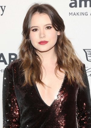 Taylor Spreitler - 2016 amfAR GenerationCure Holiday Party in NY
